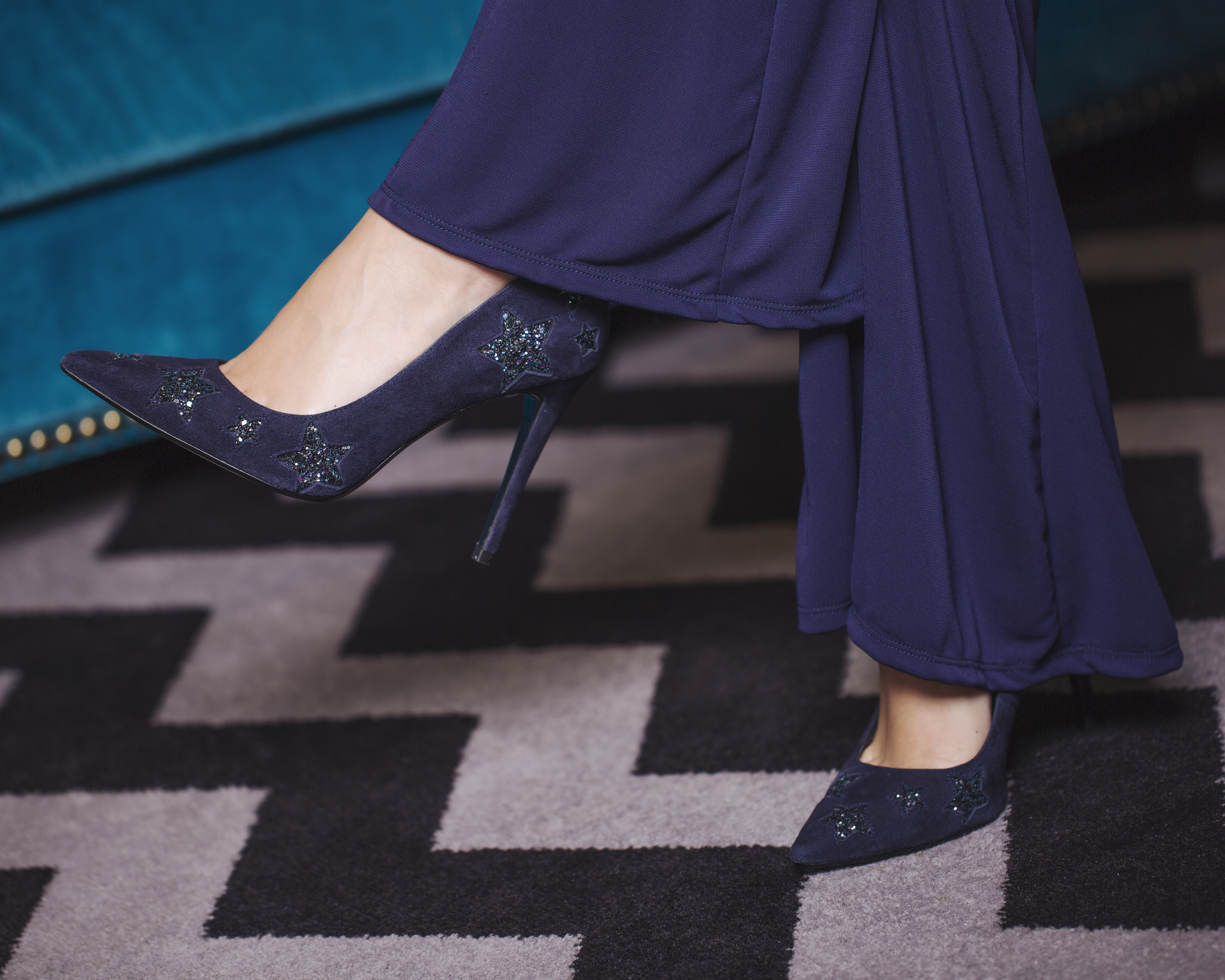 HOTEL GOTHAM MANCHESTER MAKES THE PERFECT PARTY SEASON BACKDROP FOR DUNE SHOES