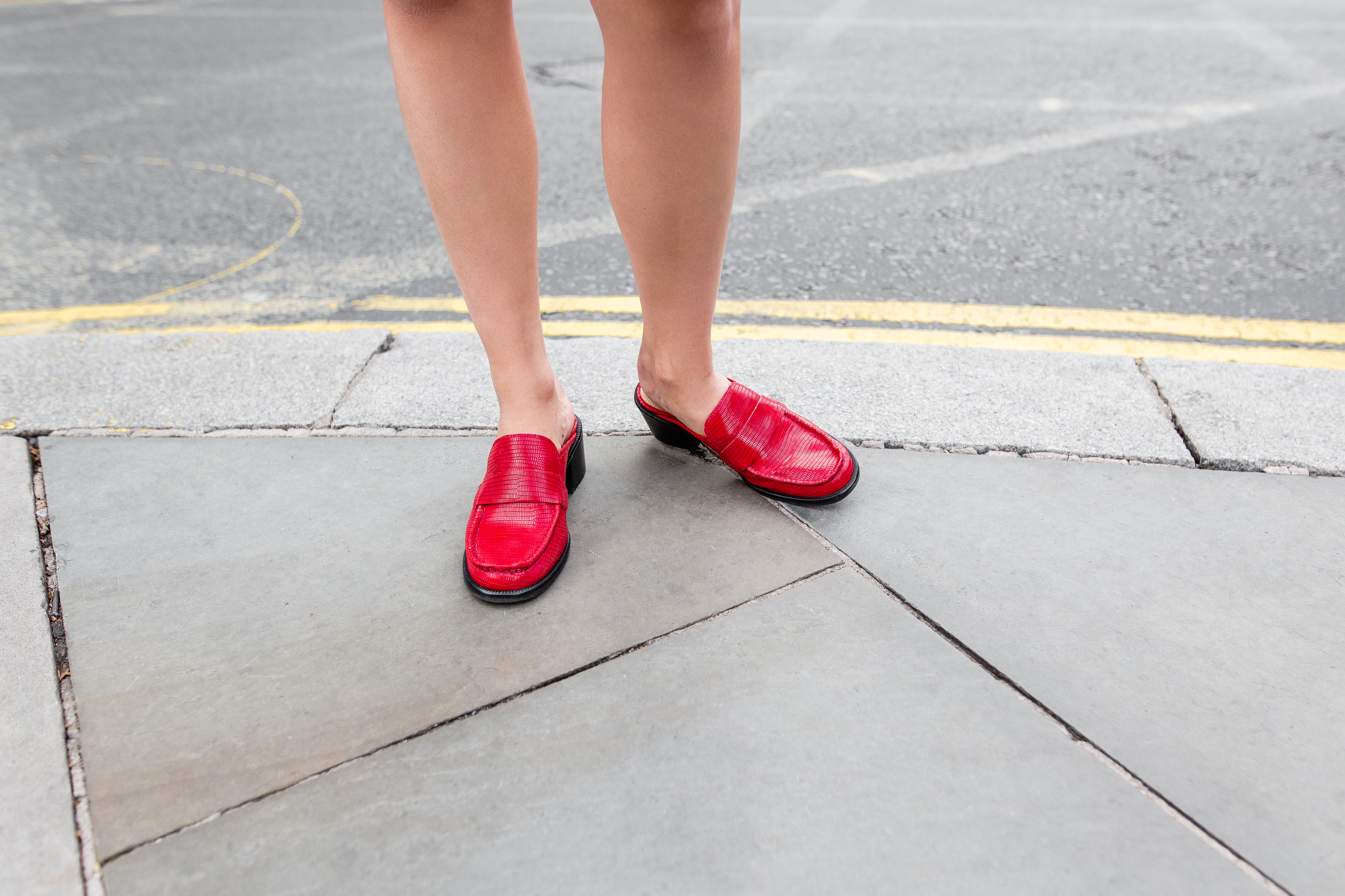 MEGAN ELLABY HOW TO WEAR RED SHOES