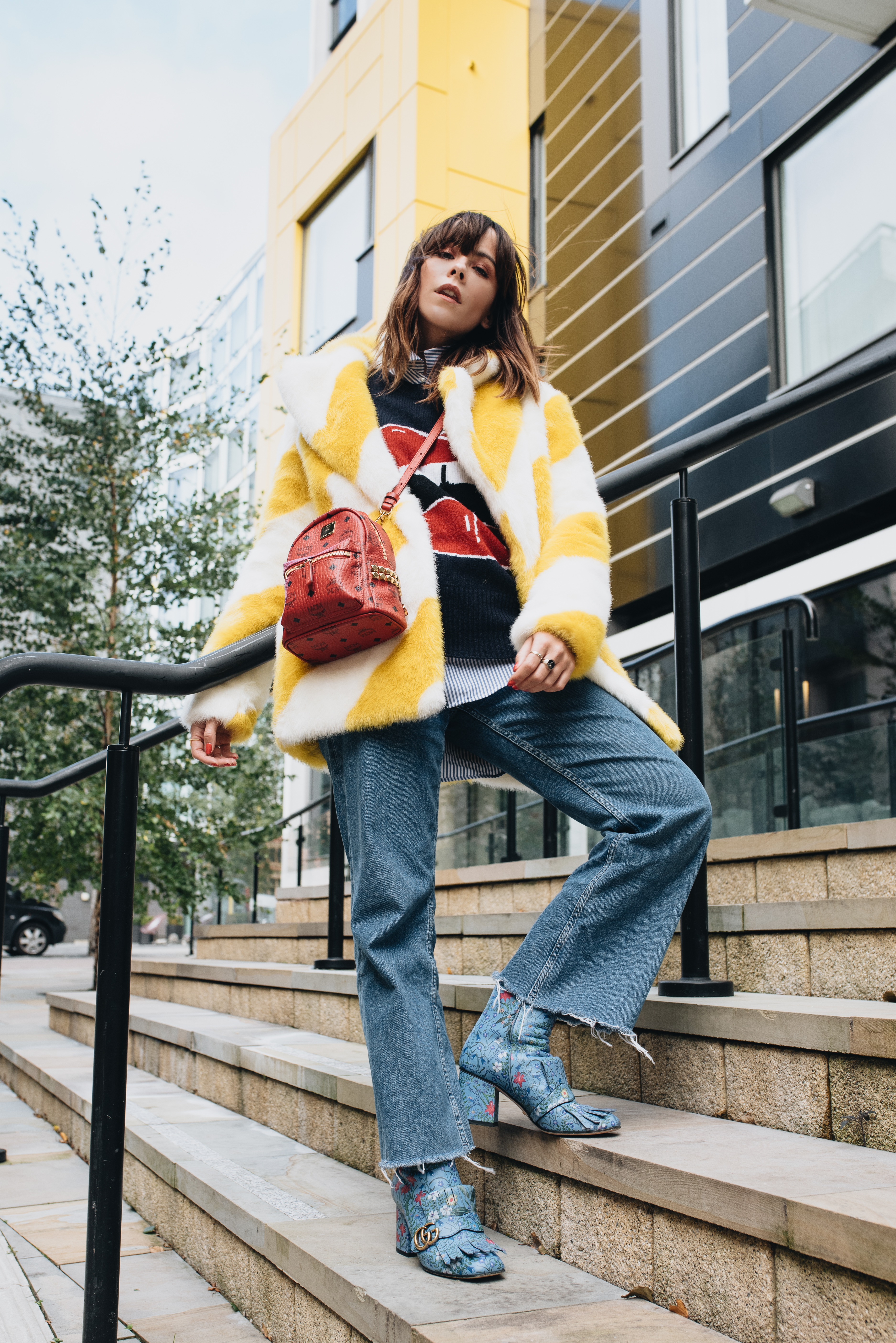 HOW TO WEAR HIGH WAISTED FLARES THIS WINTER